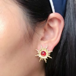 Vintage sun / sunflower shaped earrings - with red pearl